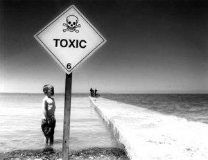 toxic-sign-sasi8ch4o